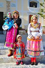 Traditionele klederdracht Olympos Karpathos   Greece  Photo 016 - Photo GreeceGuide.co.uk