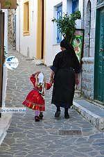 Traditionele klederdracht Olympos Karpathos   Greece  Photo 018 - Photo GreeceGuide.co.uk