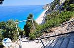 350 trappen Egremni beach - Lefkada (Lefkas) - Photo GreeceGuide.co.uk