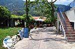 Een cosy taverna in Manolates - Island of Samos - Photo GreeceGuide.co.uk