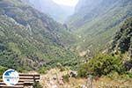 Vikos gorge vanuit Vikos Photo 4 - Zagori Epirus - Photo GreeceGuide.co.uk